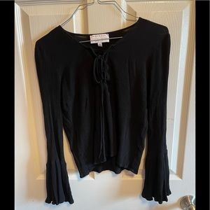 Kendall + Kylie tie front cropped top sz M